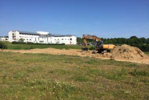 CHANTIER COMMENCE : CONSTRUCTION D'UN BATIMENT DE BUREAUX ET ATELIER (50)