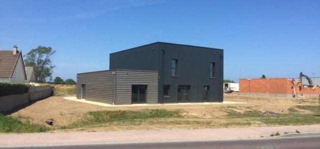 CHANTIER RECEPTIONNE : CONSTRUCTION D' UNE SALLE DE SPORT A ST VAAST LA HOUGUE (50)